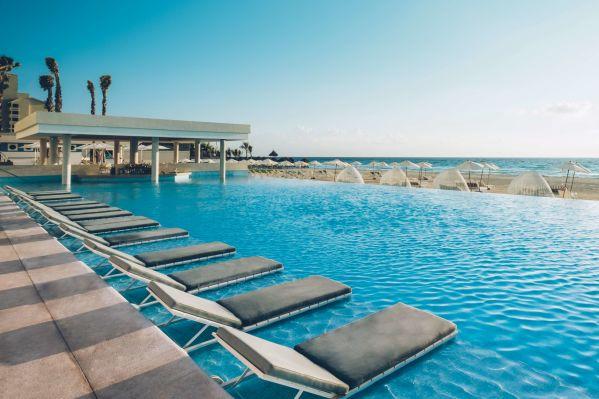 Cancún con todo incluido en Coral Level at Iberostar Selection Cancún